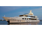 Luxury Charter Power Mono Yacht Casino Royale